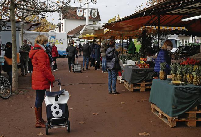Wiesloch:  Wochenmarkt bleibt noch bis zum Frühjahr an der Stadt-Galerie