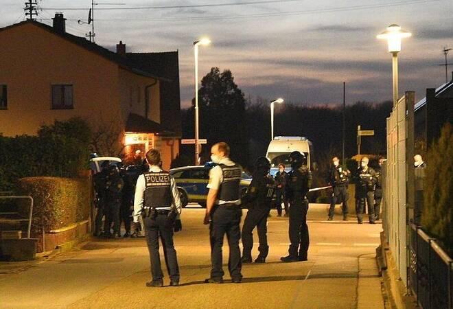 Wiesloch-Frauenweiler:  SEK-Einsatz - 54-Jähriger verletzt 63-Jährigen mit Beil (plus Fotogalerie)