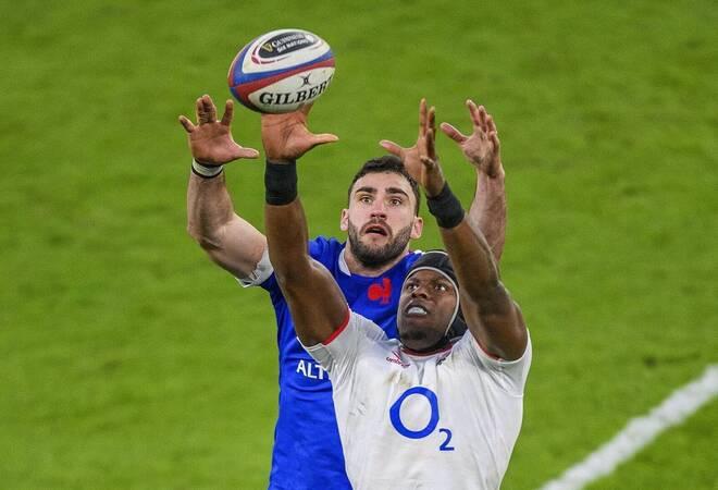 Rugby:  England hält die Franzosen gerade so auf