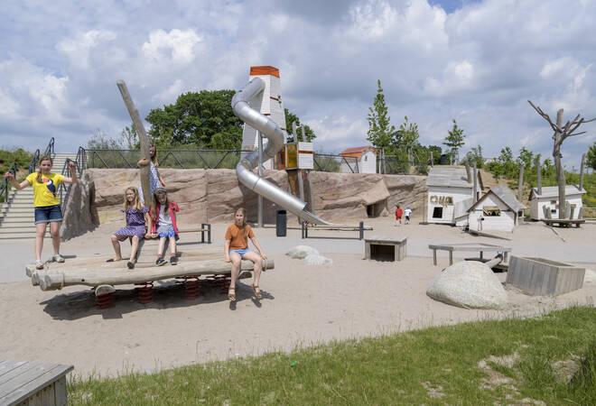 RNZ-Spielplatztest:  Ein Spielplatz im Zeichen von Huckleberry Finn
