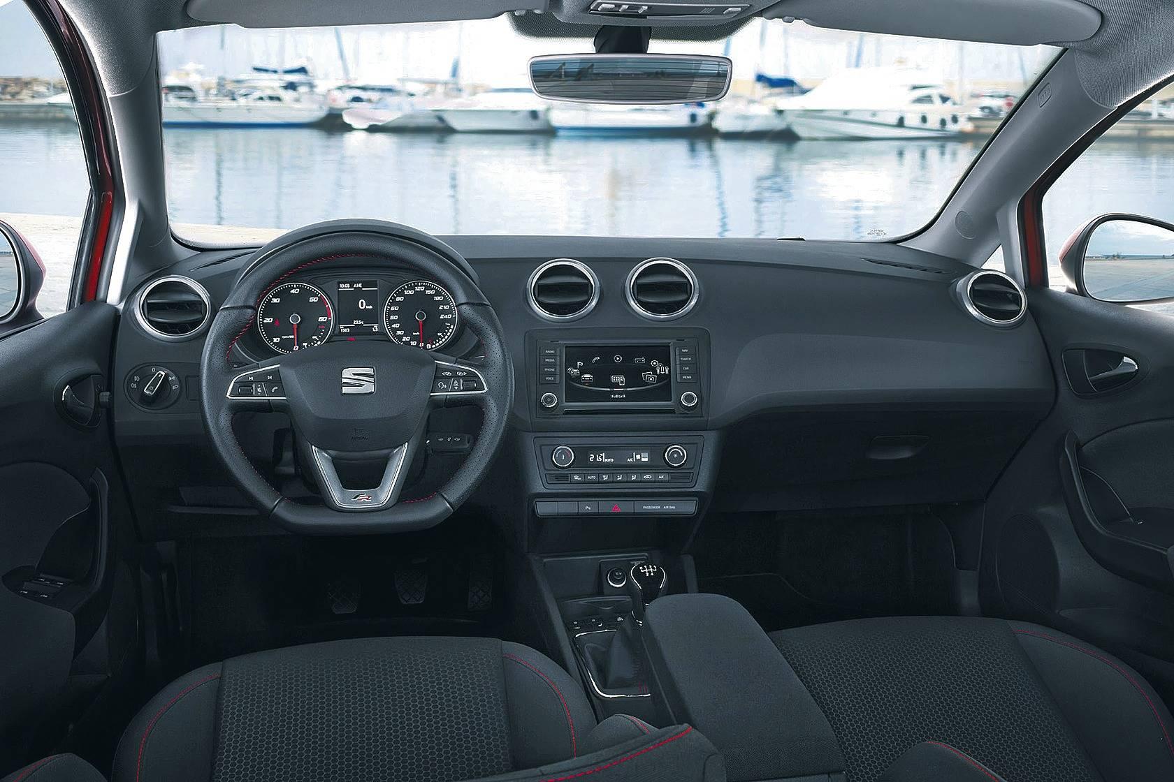 Der seat ibiza st kleiner kombi ganz gro mobilit t for Seat ibiza innenraum