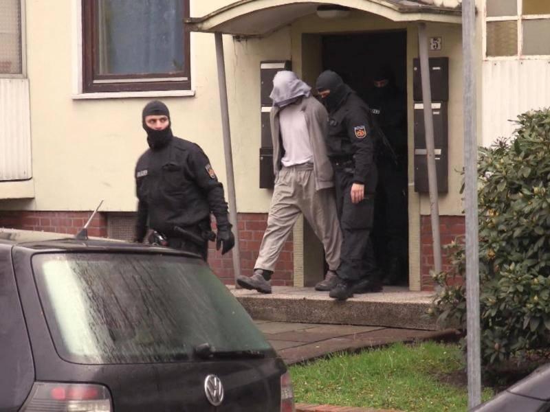 streit unter salafisten ruft polizei auf den plan inland rhein neckar zeitung. Black Bedroom Furniture Sets. Home Design Ideas