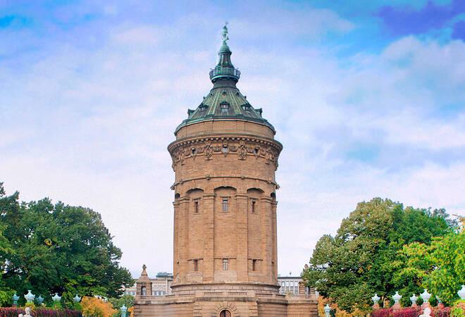 Corona-Ticker Mannheim:  74 Neuinfektionen - Stadt sperrt Calisthenics-Anlage (Update)