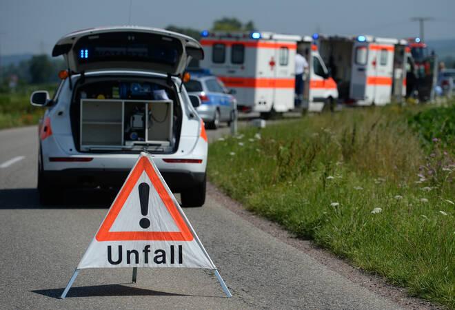Zuzenhausen:  Unfallfahrer flüchtet barfuß
