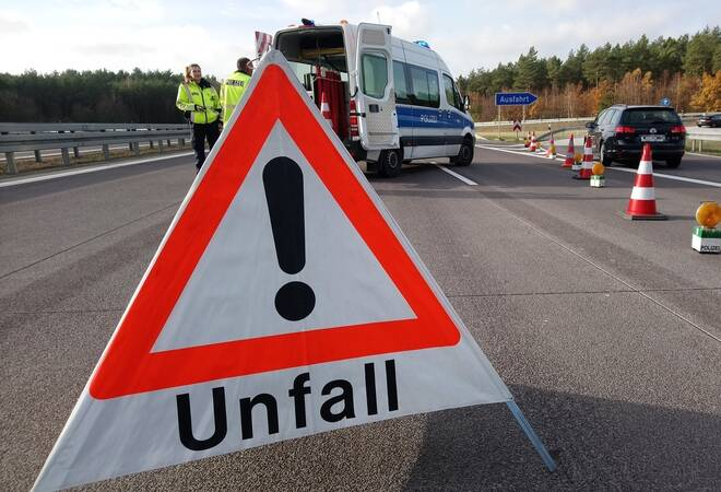 A81 bei Ilsfeld:  Geisterfahrer wird aufder Autobahn überfahren
