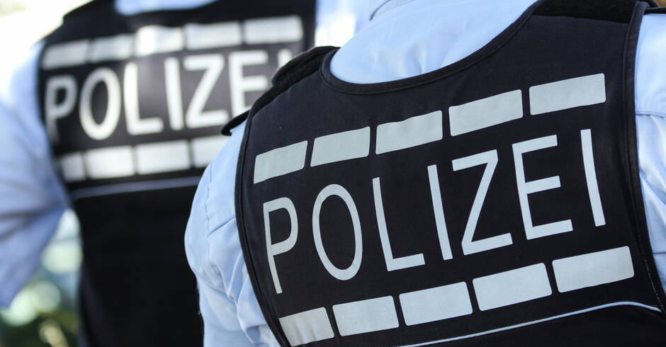 -Corona-Streife-in-Sandhausen-Viele-Polizeiwagen-und-Polizisten-sorgten-f-r-Aufsehen