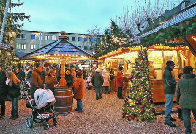 Weihnachtsmarkt Heilbronn.Weihnachtsmarkt Und Adventssingen Locken Nach Heilbronn Südwest