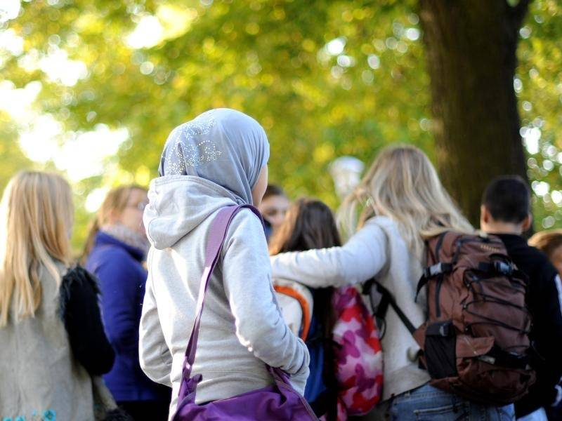 Muslimisches mädchen aus nicht-muslimischen kerl