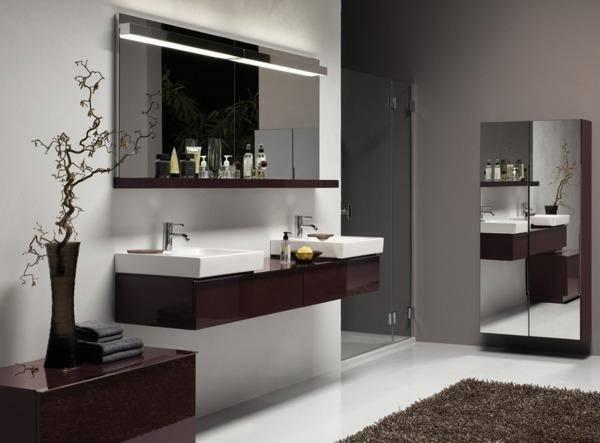 viel glas und gro e fliesen einrichtungstipps f r das kleine bad verbraucher rhein neckar. Black Bedroom Furniture Sets. Home Design Ideas