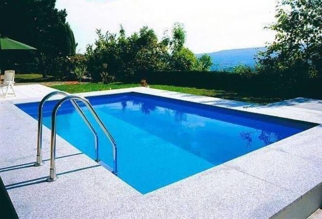 Swimmingpool im garten  Badespaß im eigenen Garten - Einen Swimmingpool planen - Verbraucher ...
