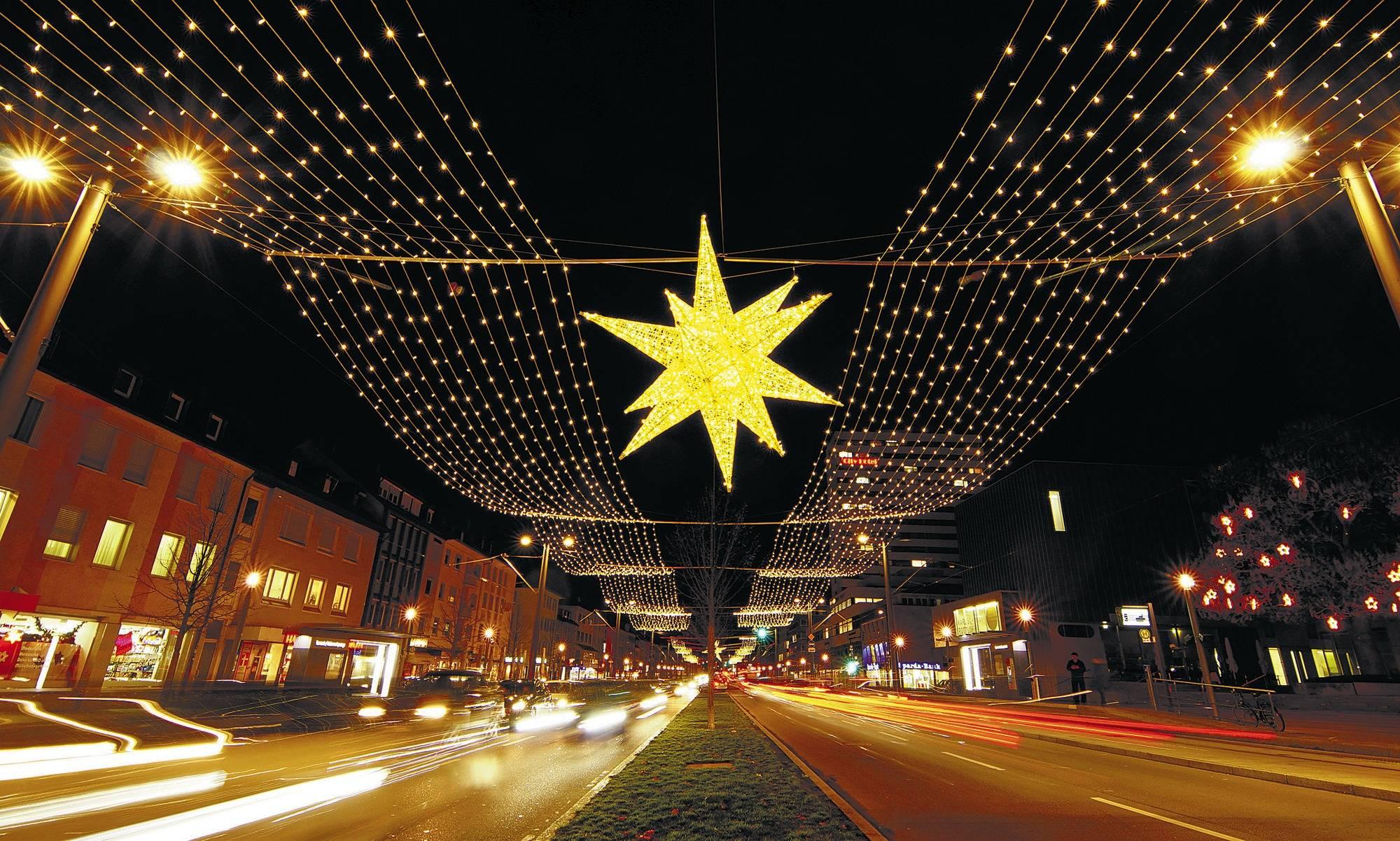 Weihnachtsmarkt Heilbronn.Inzwischen Ist Der Heilbronner Weihnachtsmarkt Fast Ein