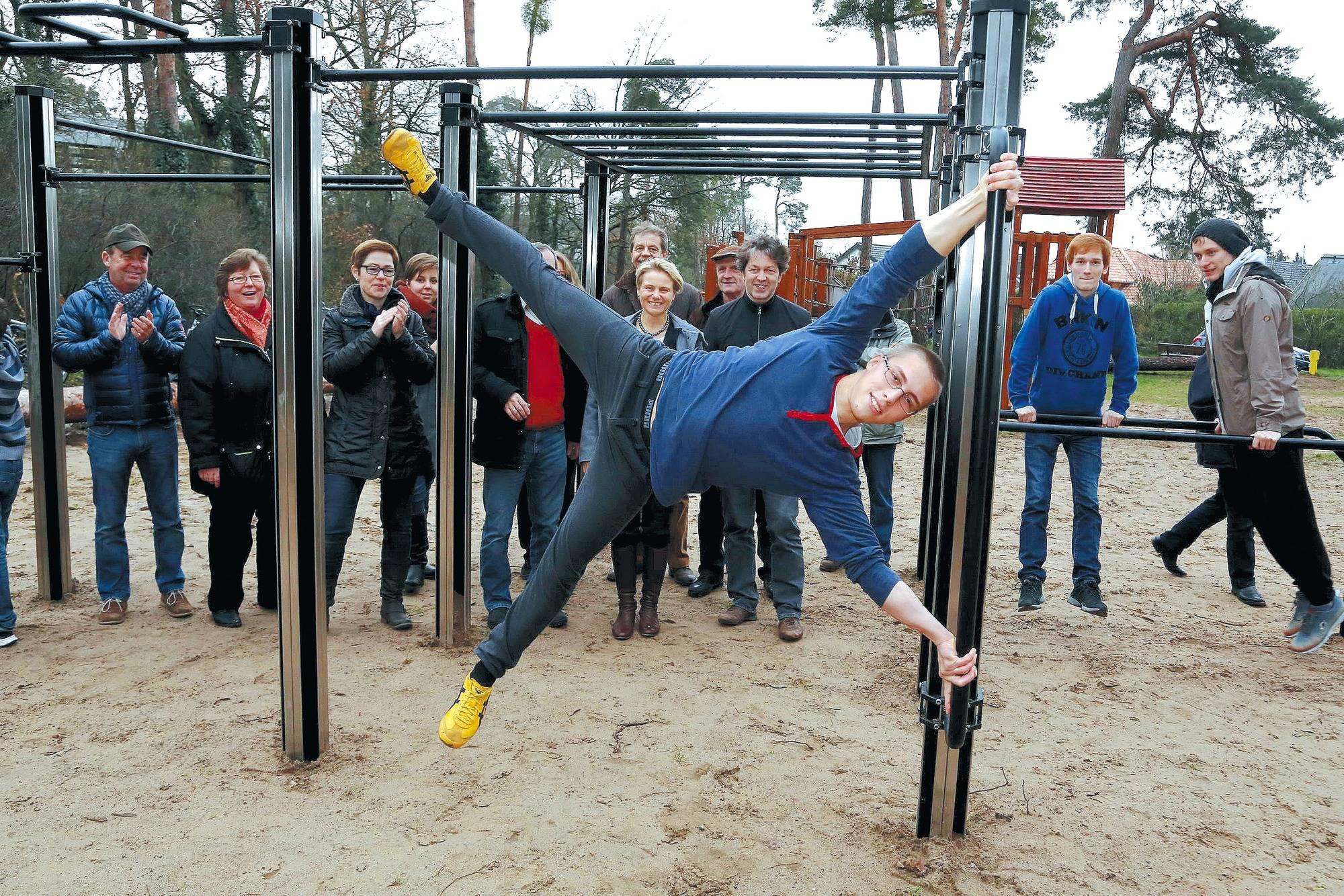 Klettergerüst Calisthenics : Calisthenics workout u sportliches abhängen german s