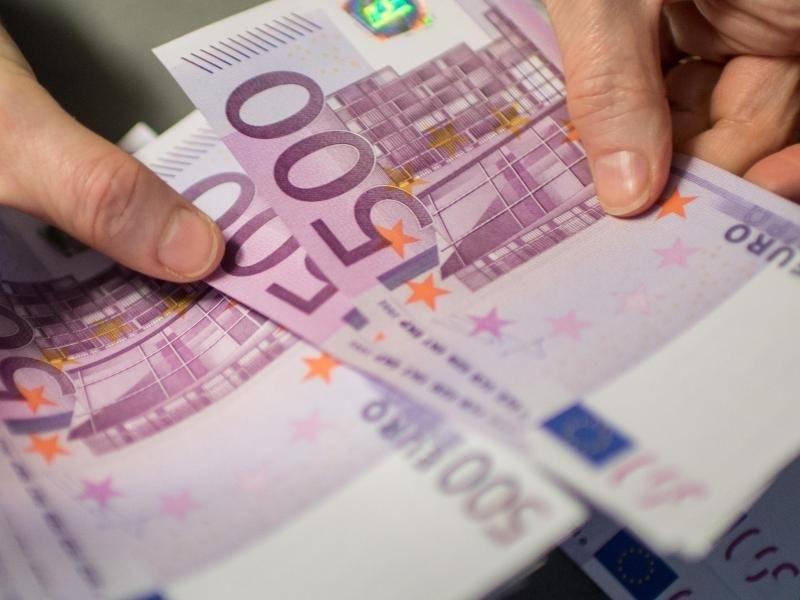 Ezb aus f r den 500 euro schein wirtschaft berregional for Schlafsofa 500 euro