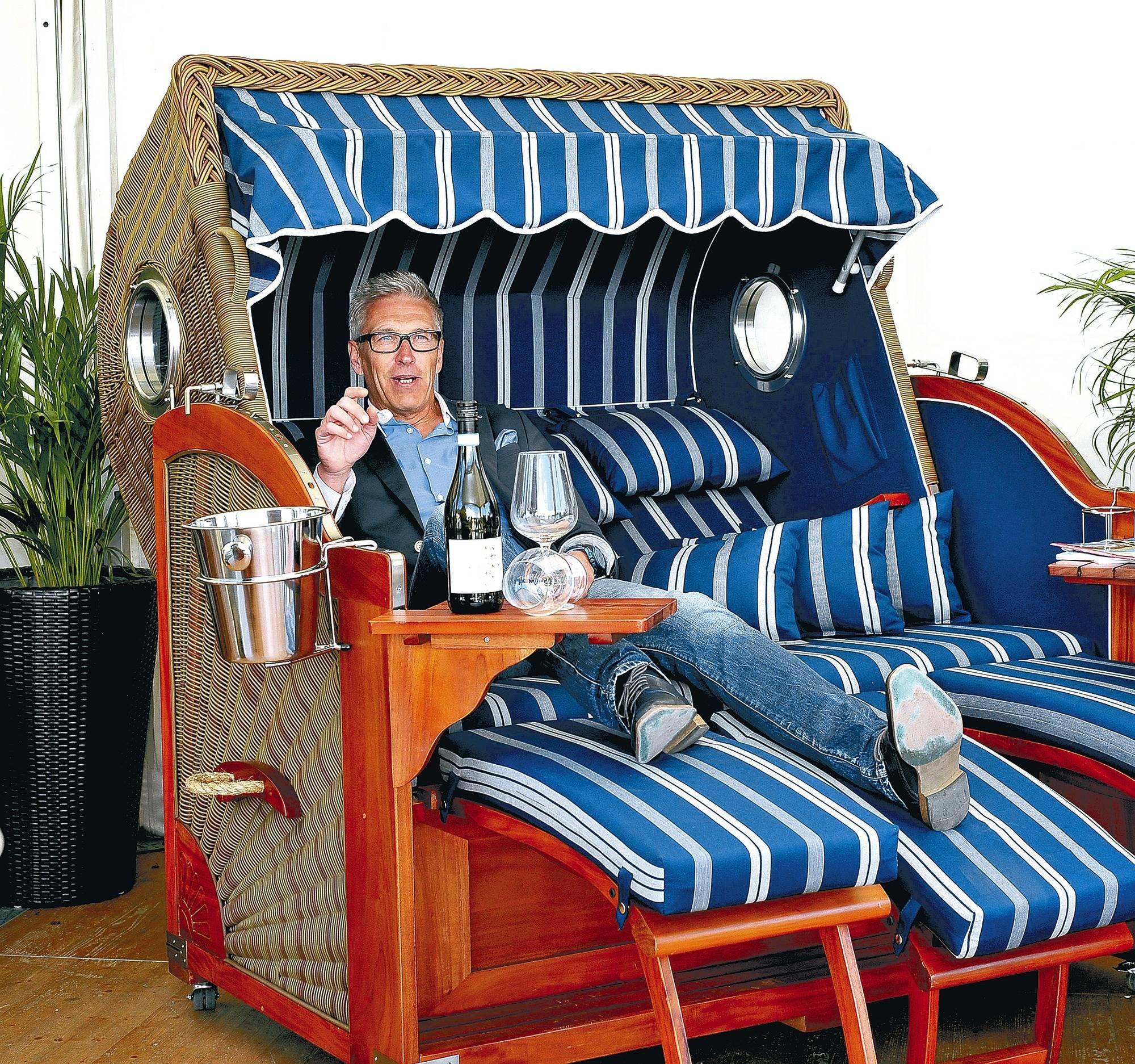 maimarkt bedeutet veganes eis und strandk rbe mit. Black Bedroom Furniture Sets. Home Design Ideas