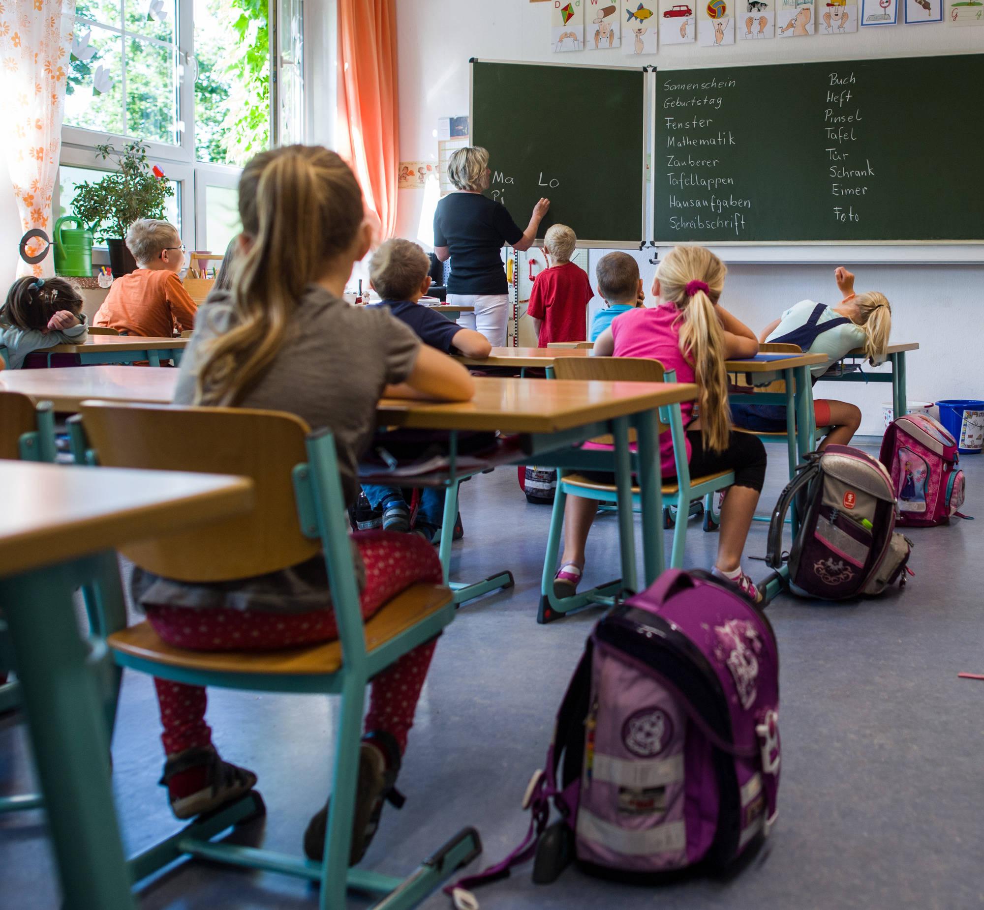 Schüler datieren ihre Lehrer