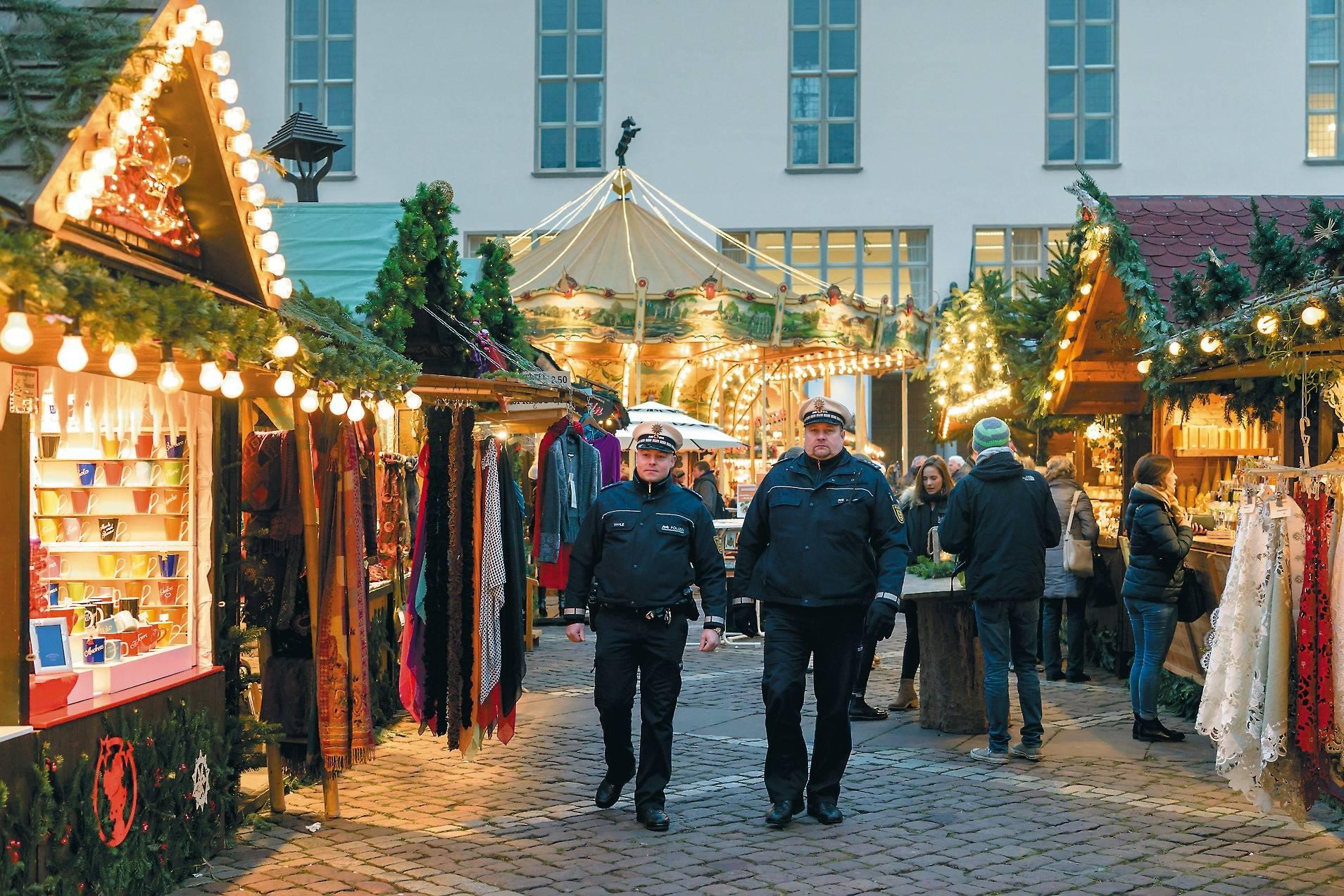 öffnungszeiten Weihnachtsmarkt Heidelberg.Der Heidelberger Weihnachtsmarkt Ist Kein Gutes Pflaster Für