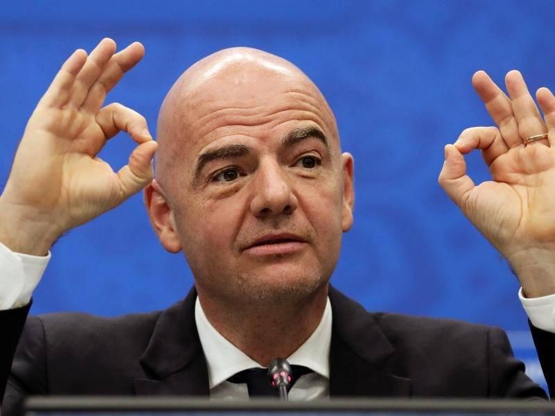 Unter Rolet stieg die LSE aus dem Weltverband der Börsen und der Vereinigung der europäischen Börsen aus. Die Financial Times, aber auch andere Wirtschaftsblätter konnten ihre Verwunderung.
