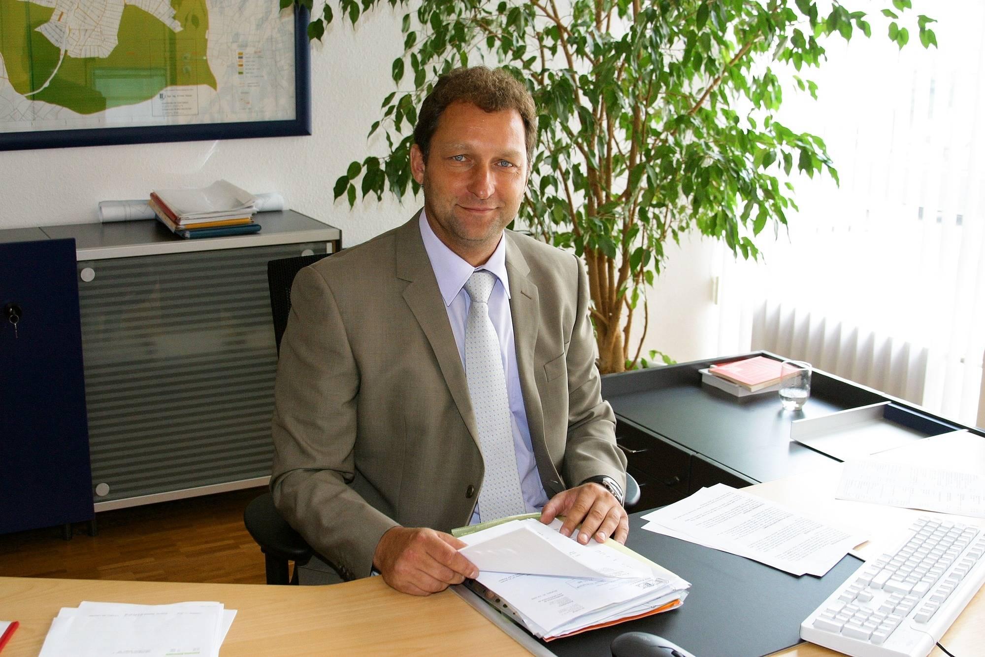 B rgermeisterwahl waibstadt die alleinkandidatur des joachim locher sinsheim rhein neckar - Locher im garten ...
