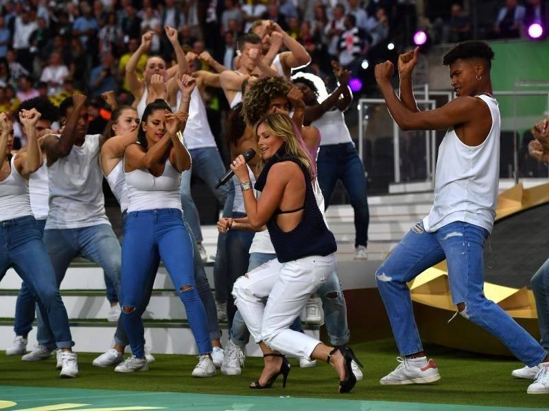 Dfb Pokal Finale 2021 Helene Fischer