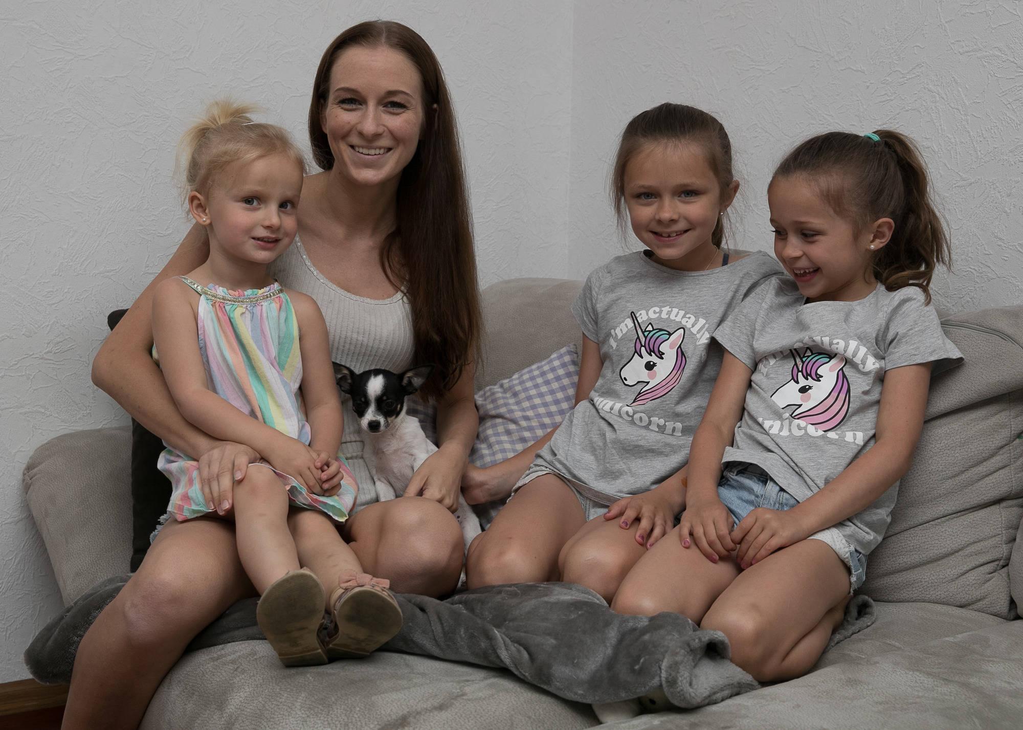 Model familie aus schriesheim aus dem kindergarten vor die kamera
