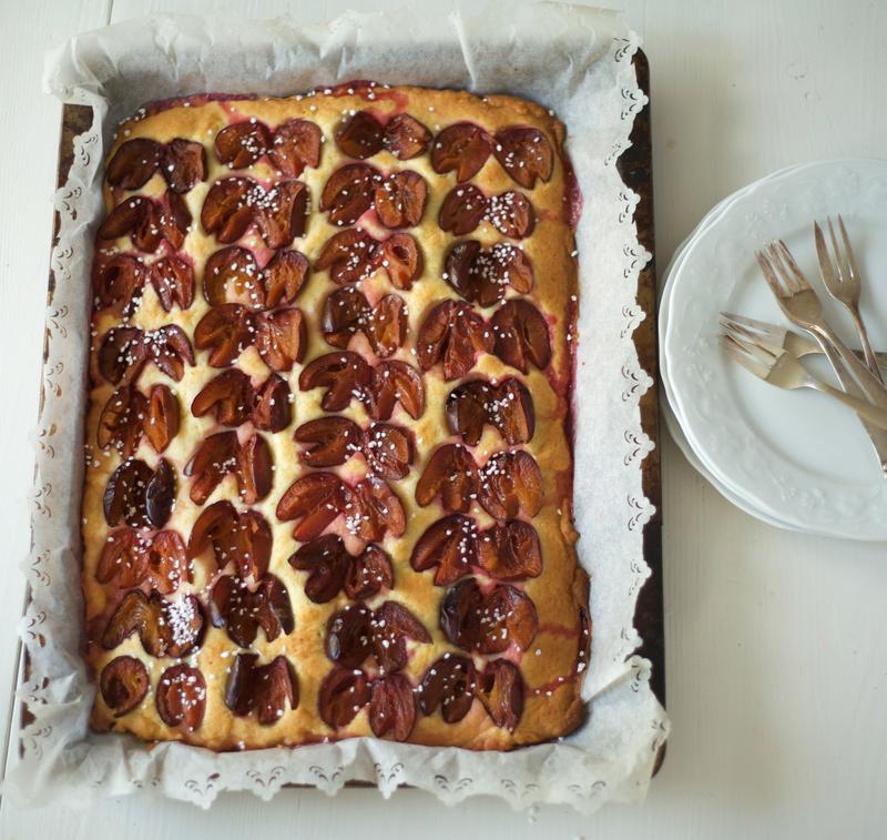 Kuchen mit speck und pflaumen