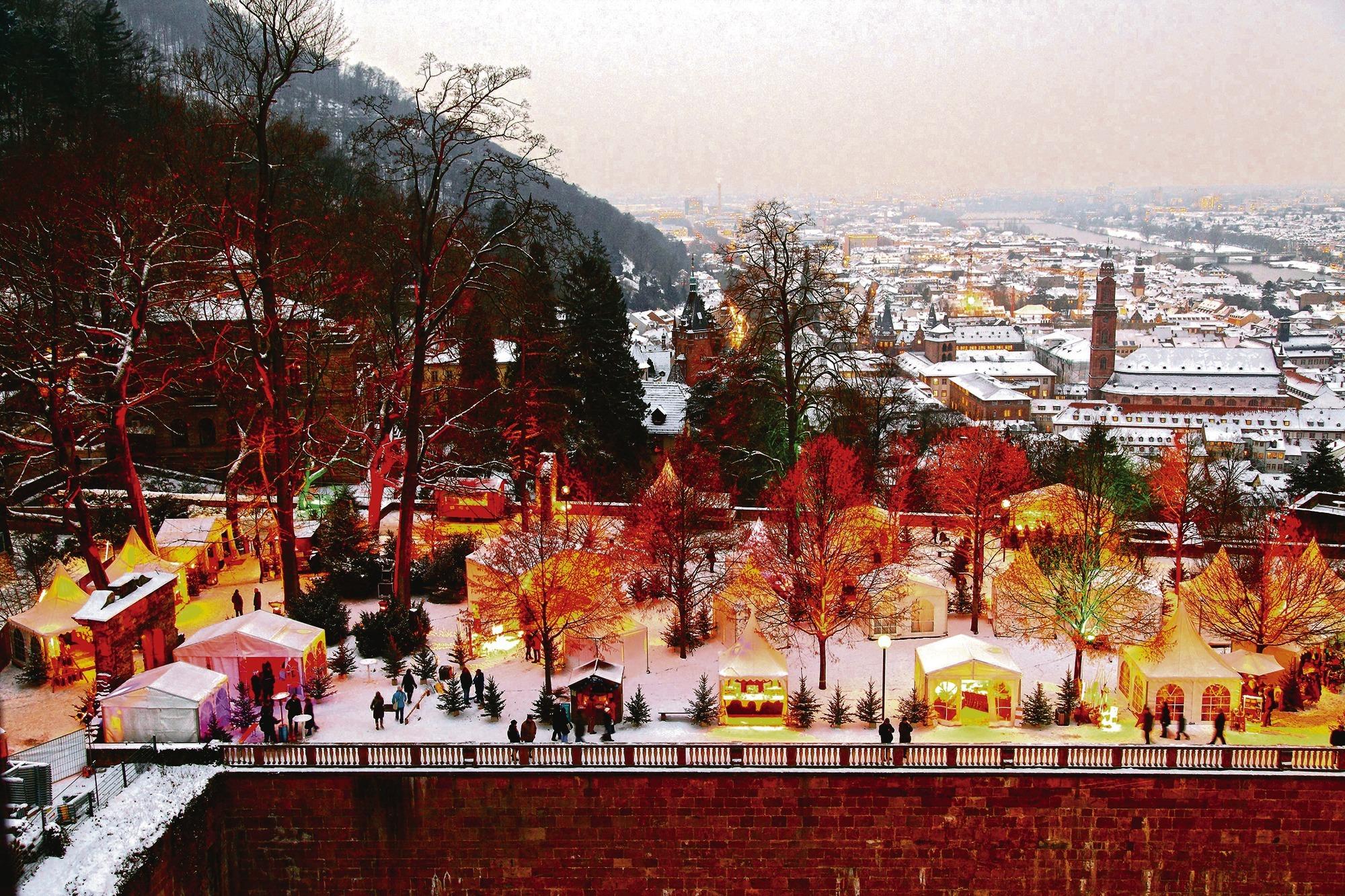 öffnungszeiten Weihnachtsmarkt Heidelberg.Heidelberg Nie Mehr Weihnachtsmarkt Am Schloss Nachrichten Aus