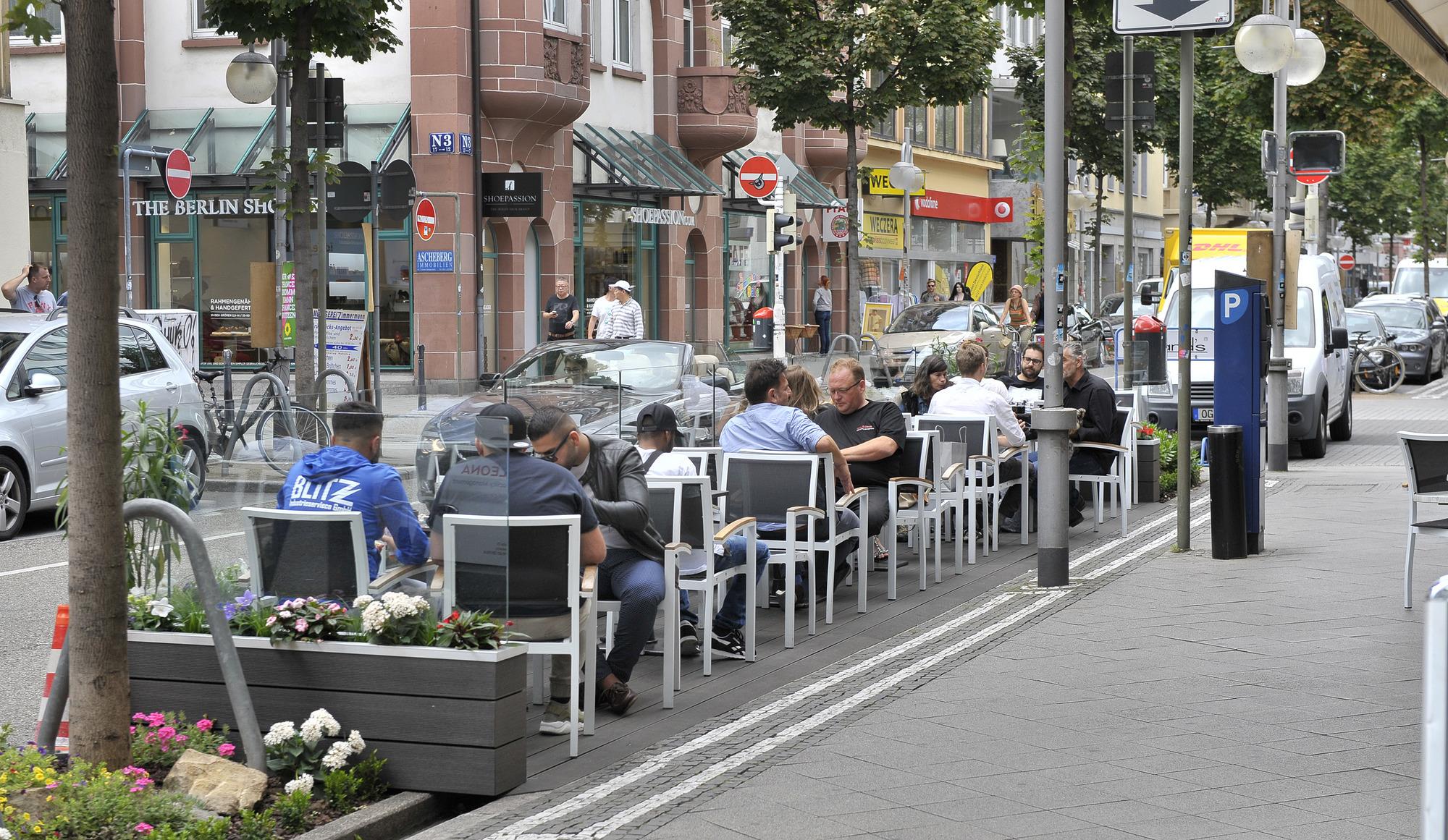 mannheimer innenstadt kaffee schl rfen statt auto parken nachrichten aus mannheim rhein. Black Bedroom Furniture Sets. Home Design Ideas