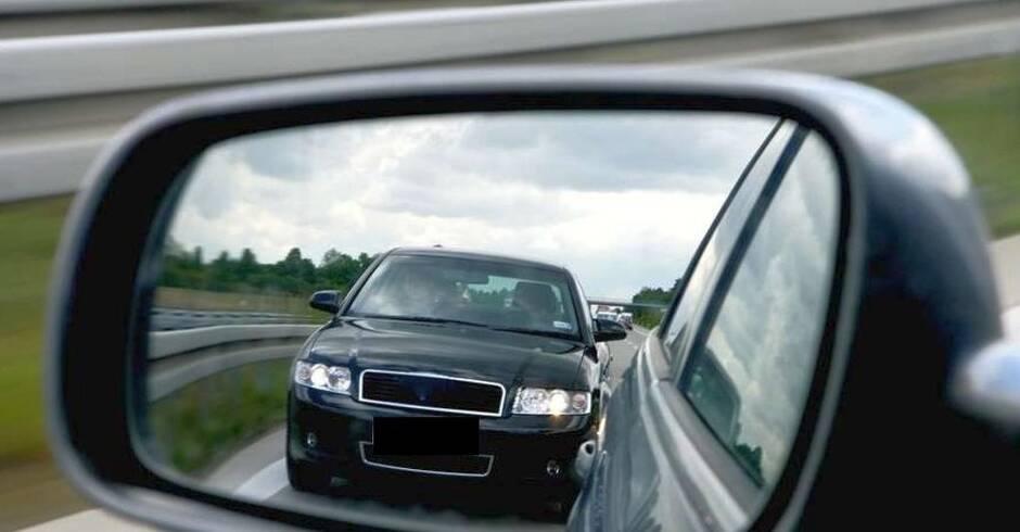 Hockenheim: BMW drängelt sich durch - Polizeibericht Metropolregion - Rhein-Neckar Zeitung