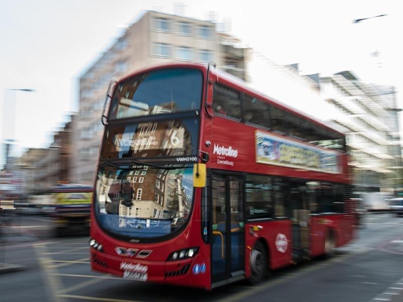 biodiesel londoner doppeldeckerbusse nutzen kaffeesatz als treibstoff wirtschaft berregional. Black Bedroom Furniture Sets. Home Design Ideas