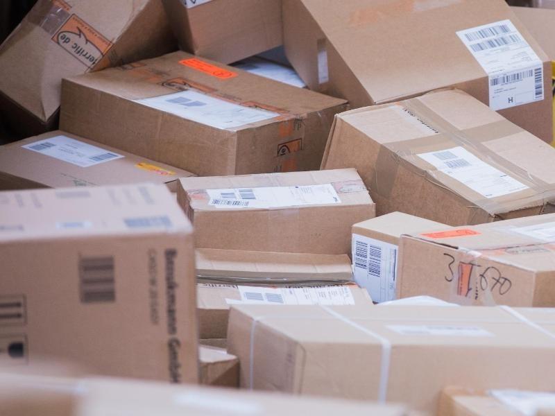 paketshop als standard paketdienste wollen extra geld f r lieferungen bis haust r wirtschaft. Black Bedroom Furniture Sets. Home Design Ideas