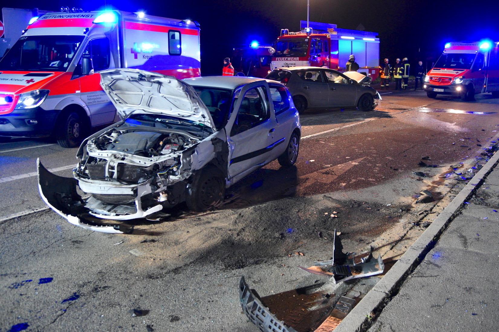 Weinheim-Lützelsachsen: Verkehrsunfall fordert fünf Verletzte ...