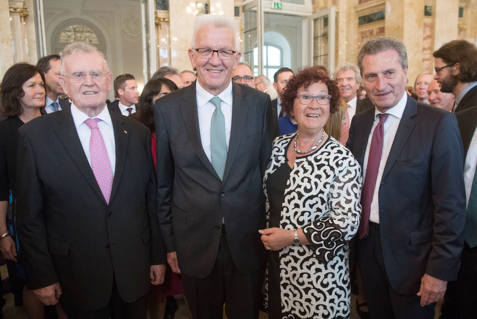 https www rnz de politik suedwest artikel kretschmann feierte 70 geburtstag viel lob von schwarz und gruen arid 359580 html