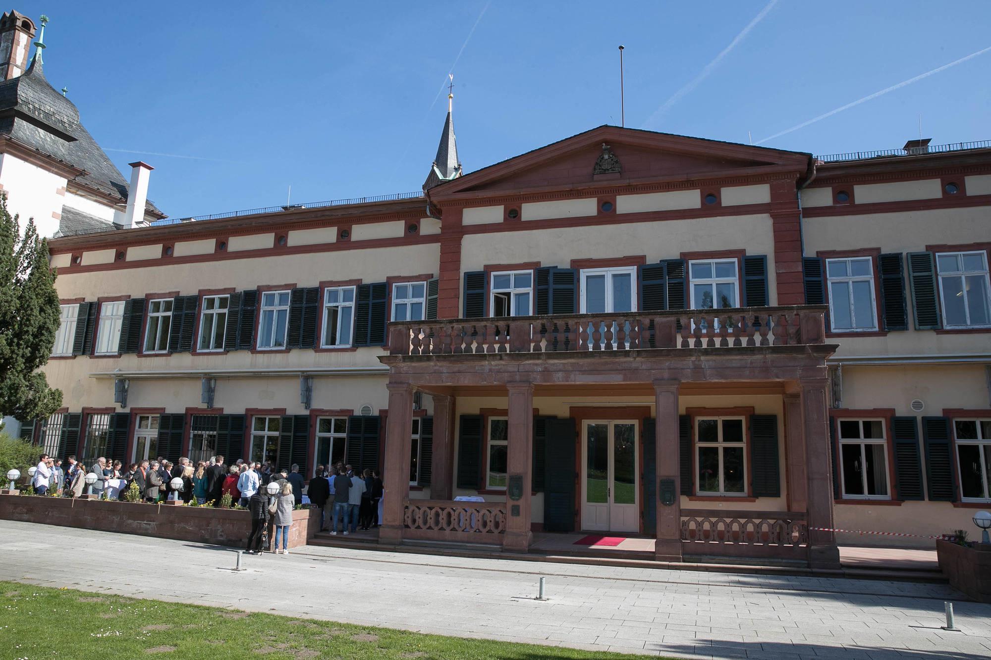 Weinheim Schlosspark Restaurant Stellt Betrieb Ein Bergstraße
