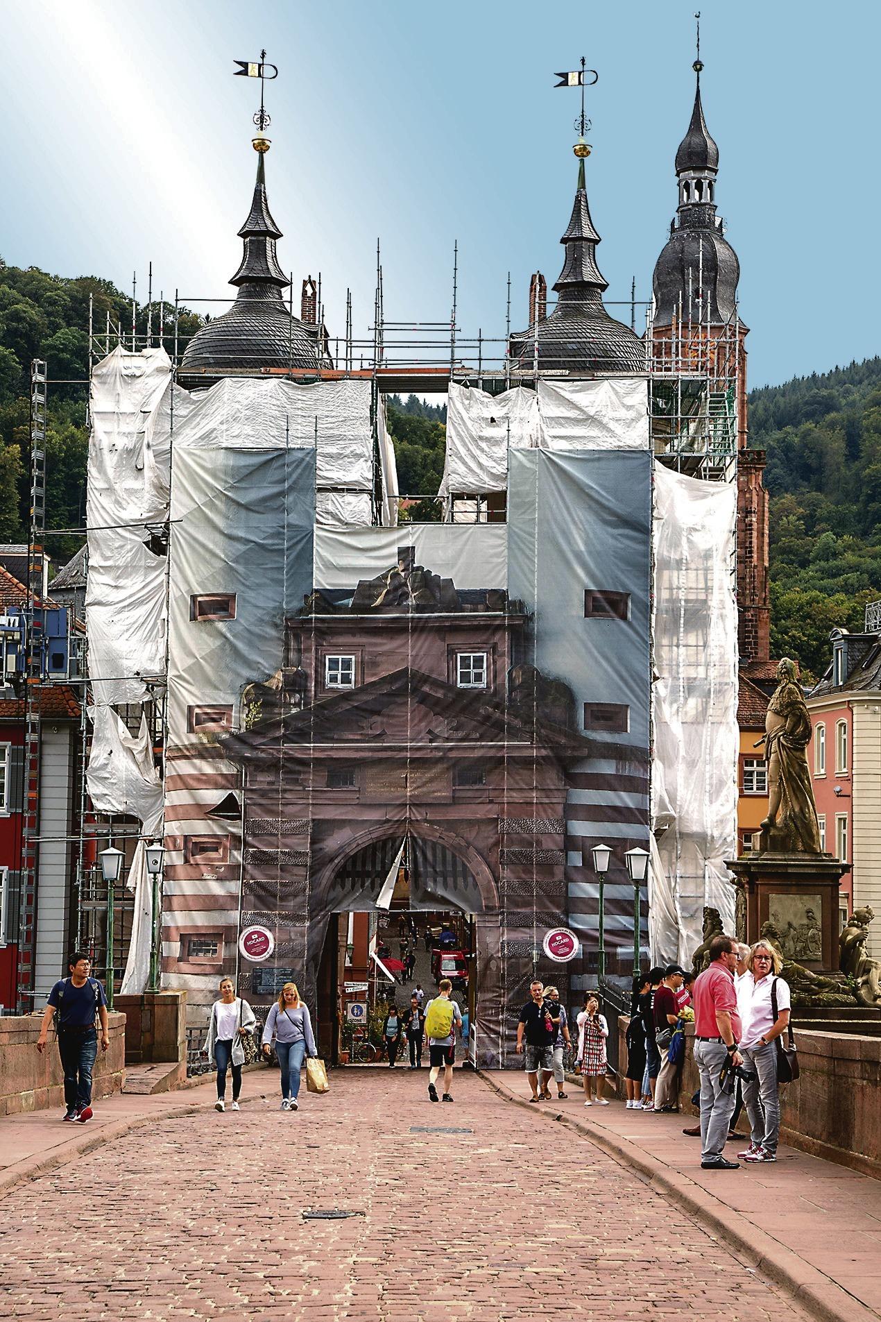 Alte Brucke Heidelberg Torsanierung Zieht Sich Bis Zum Jahresende Nachrichten Aus Heidelberg Rnz