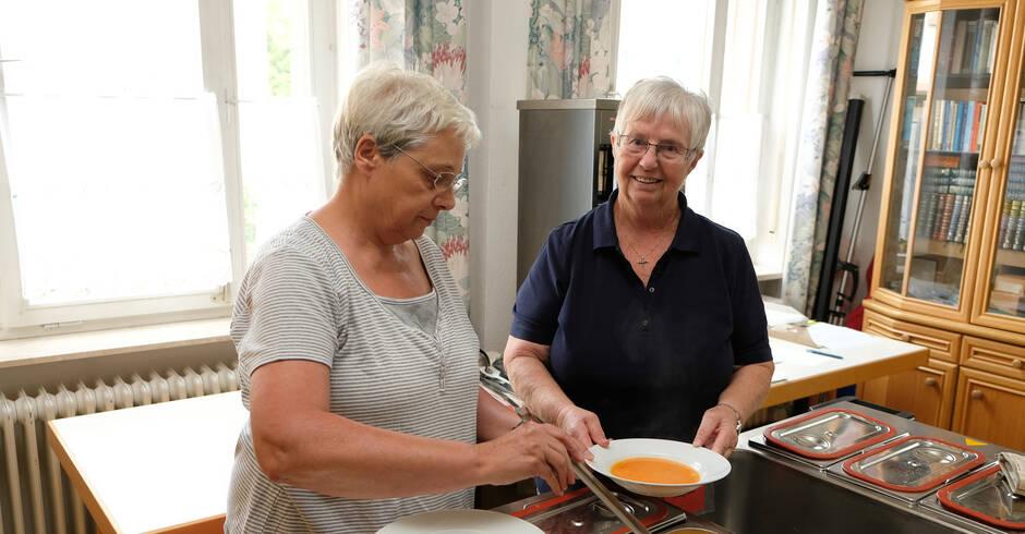 Leutershausen senioren mittagstisch sucht noch helfer for Mittagstisch mannheim
