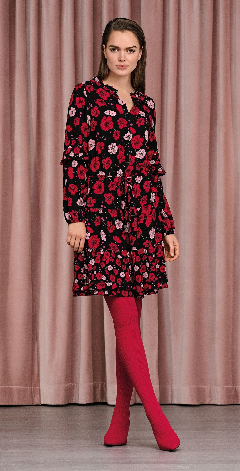 Herbst Und Wintermode Strumpfhosen In Rosa Sind Fur Frauen Im