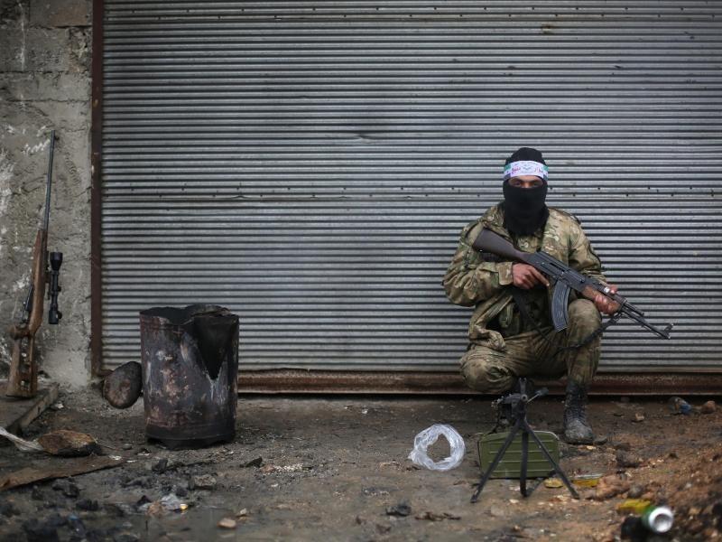 emp rung ber haltung der usa t rkei weiter zu angriff auf syrische kurden entschlossen. Black Bedroom Furniture Sets. Home Design Ideas