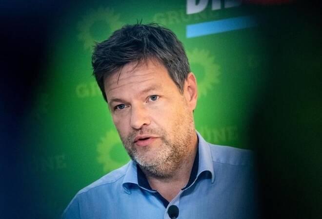 Kritik an Grünen-Chef: Äußerungen zum Glauben: Strobl ...
