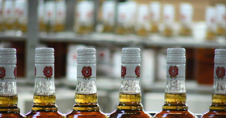 Schwetzingen-32-J-hriger-trink-Whiskey-im-Markt-aus-und-will-nicht-zahlen