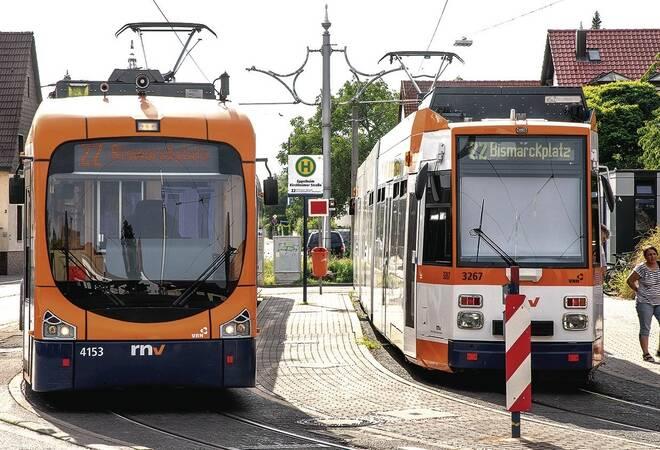 Straßenbahn Verbindungen Die Neuen Bahnen Machen Nur Ferien