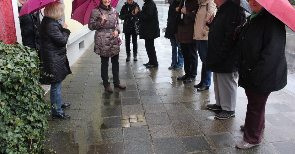 """Ladenburg: Das war los beim Rundgang von """"Wir gegen Rechts"""" - Rhein-Neckar Zeitung"""