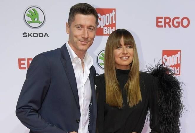 Zweite Tochter: Fußballstar Robert Lewandowski im Baby